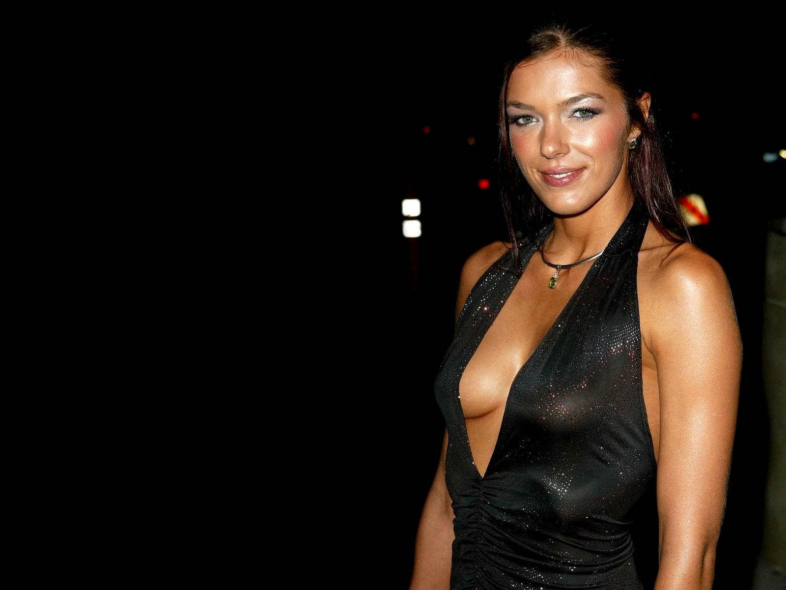 Обои Adrianne Curry 1600x1200