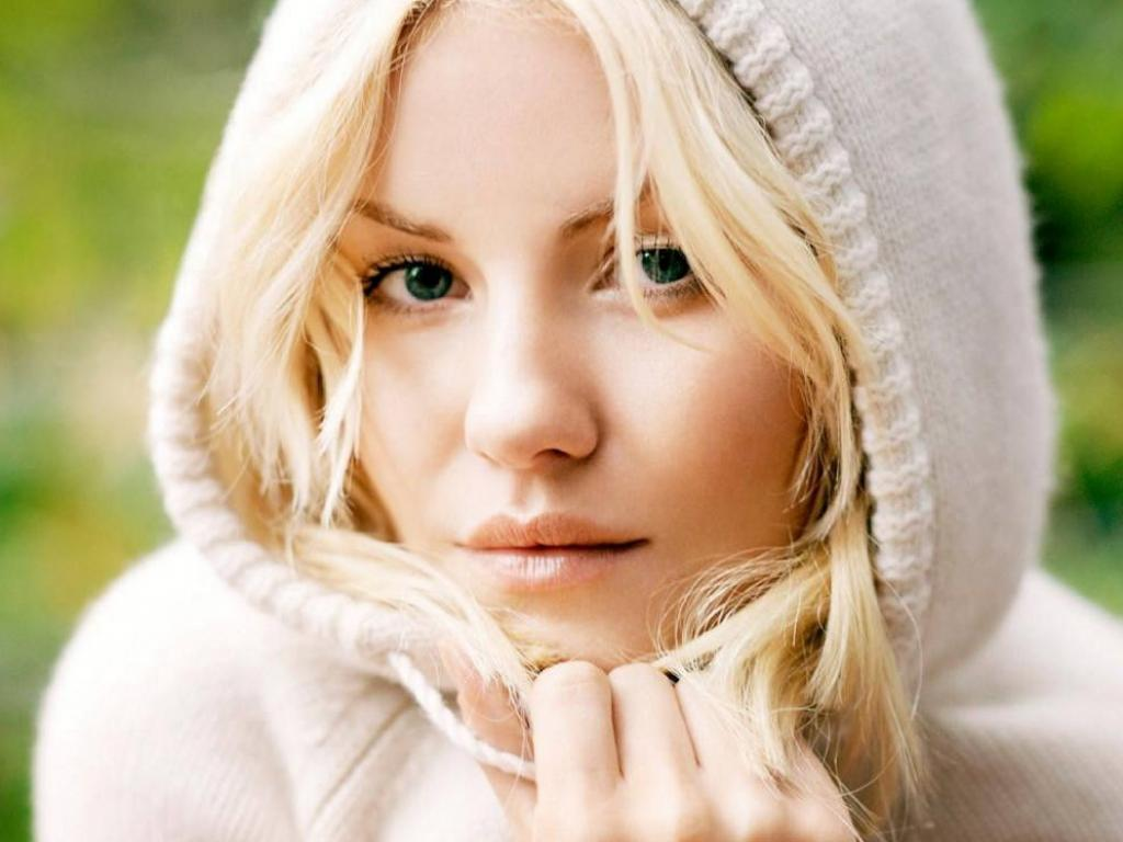 http://hq-oboi.ru/photo/aktrisa_elisha_katbert_1024x768.jpg