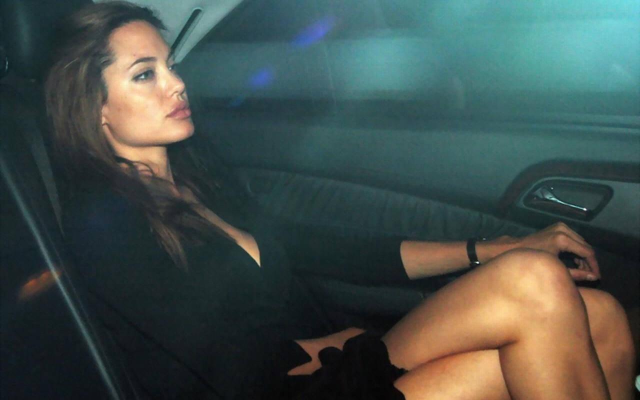 Я ехала голая в машине 17 фотография