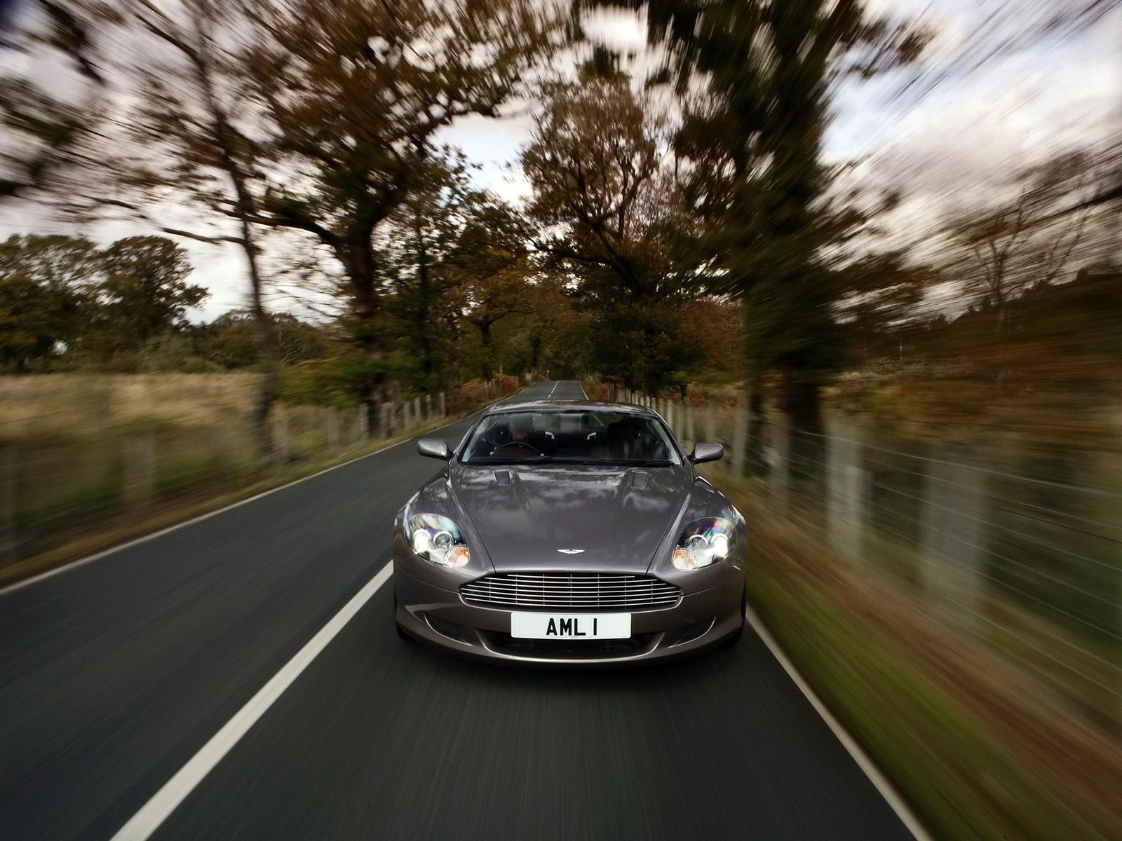���� Aston Martin DB9 Motion 1600x1200