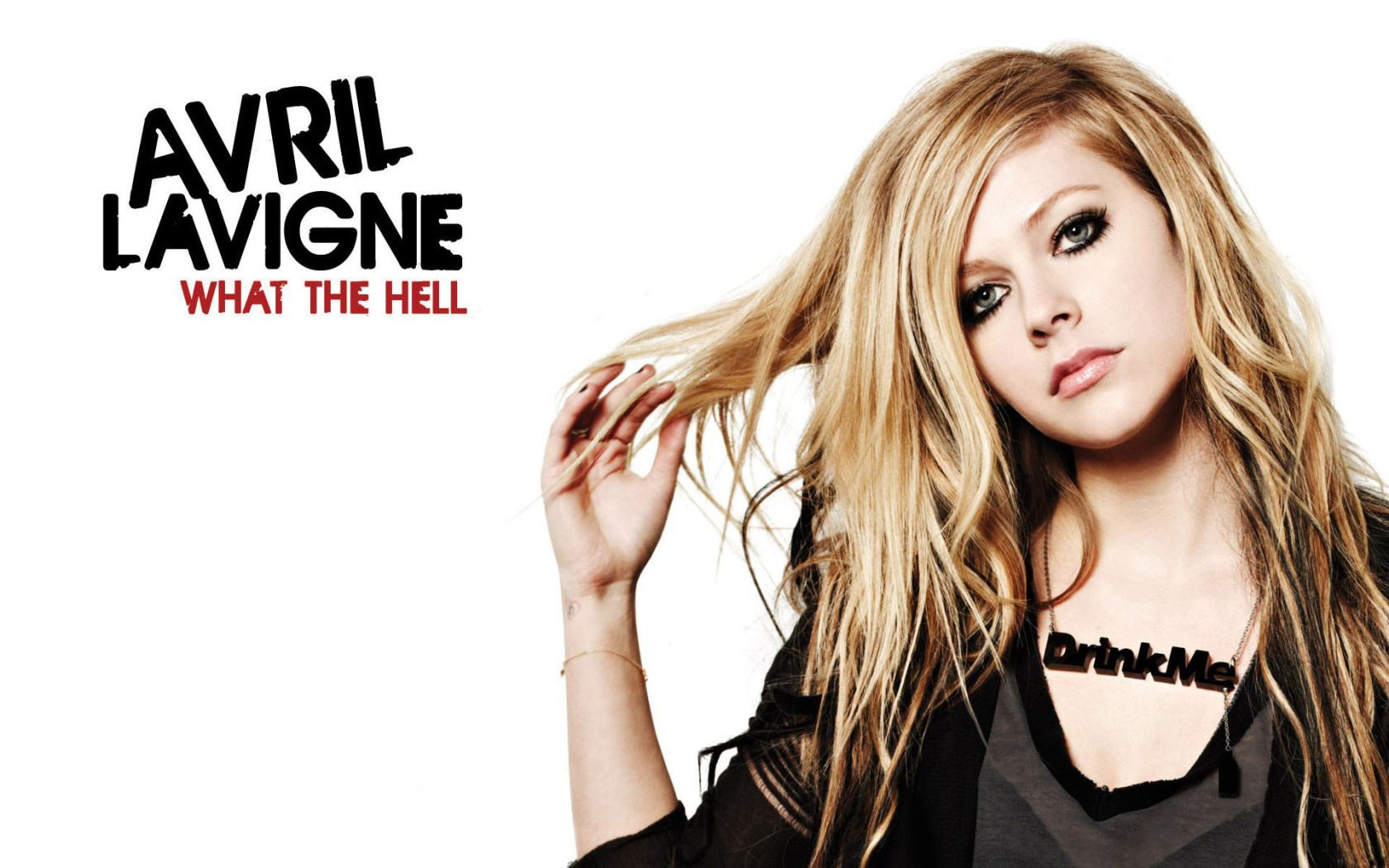 Обои Avril Lavigne what the hell 1680x1050