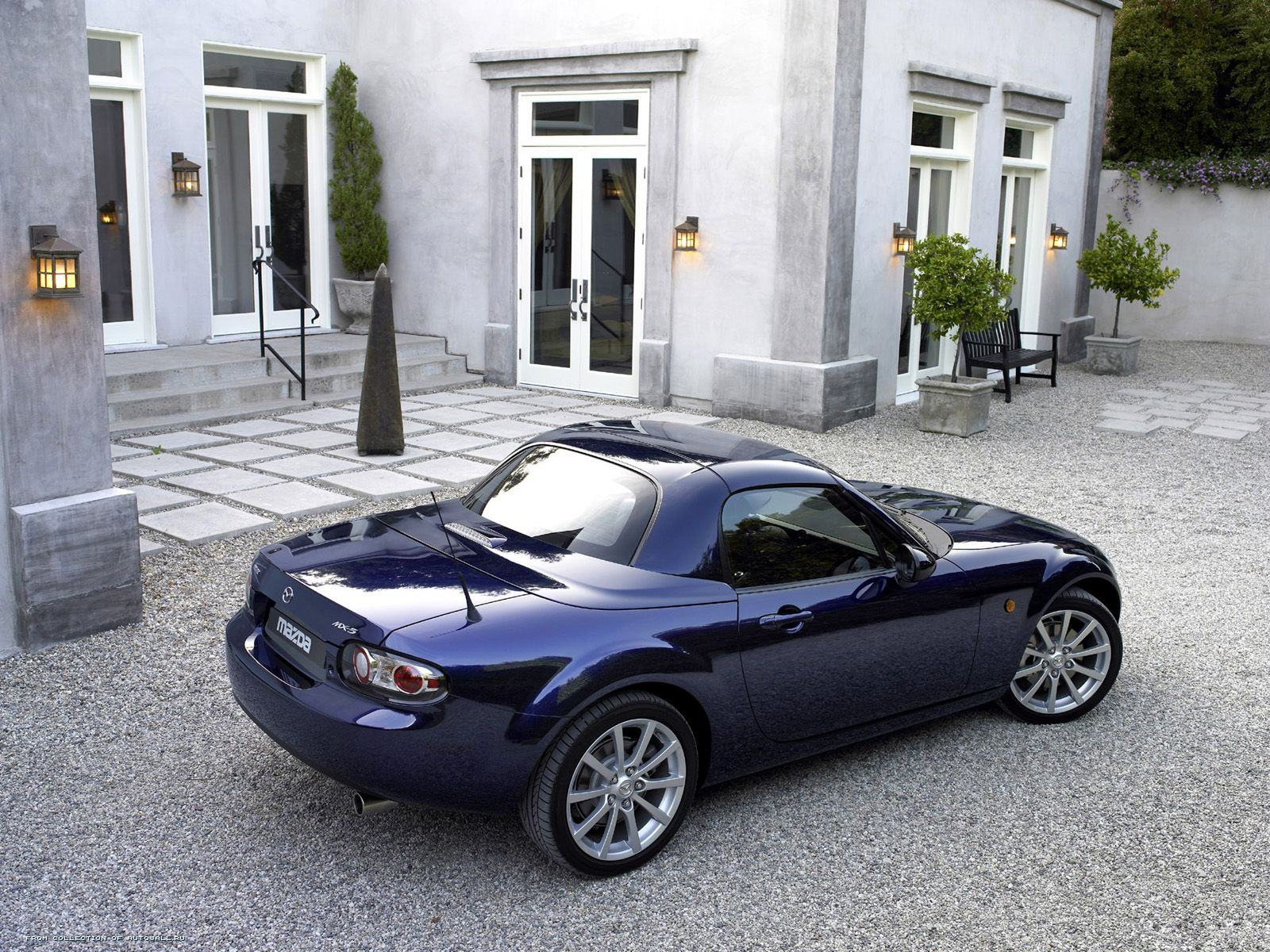 ���� ���������� Mazda MX-5 Roadster Coupe 1600x1200