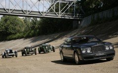 Bentley Brooklands / 1600x1200