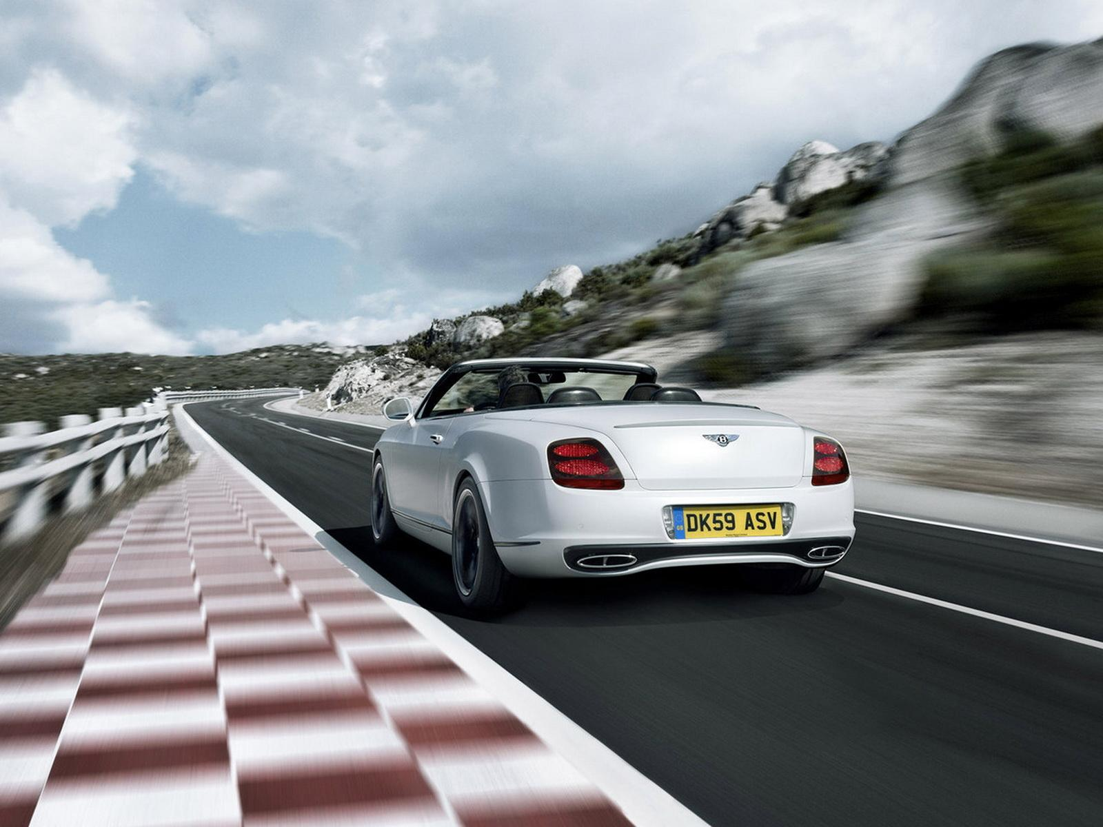 Обои Bentley Continental Supersports Convertible 1600x1200