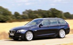 BMW-5-series-Touring-2010 / 1600x1200
