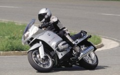 BMW R-1150-RS / 1680x1050