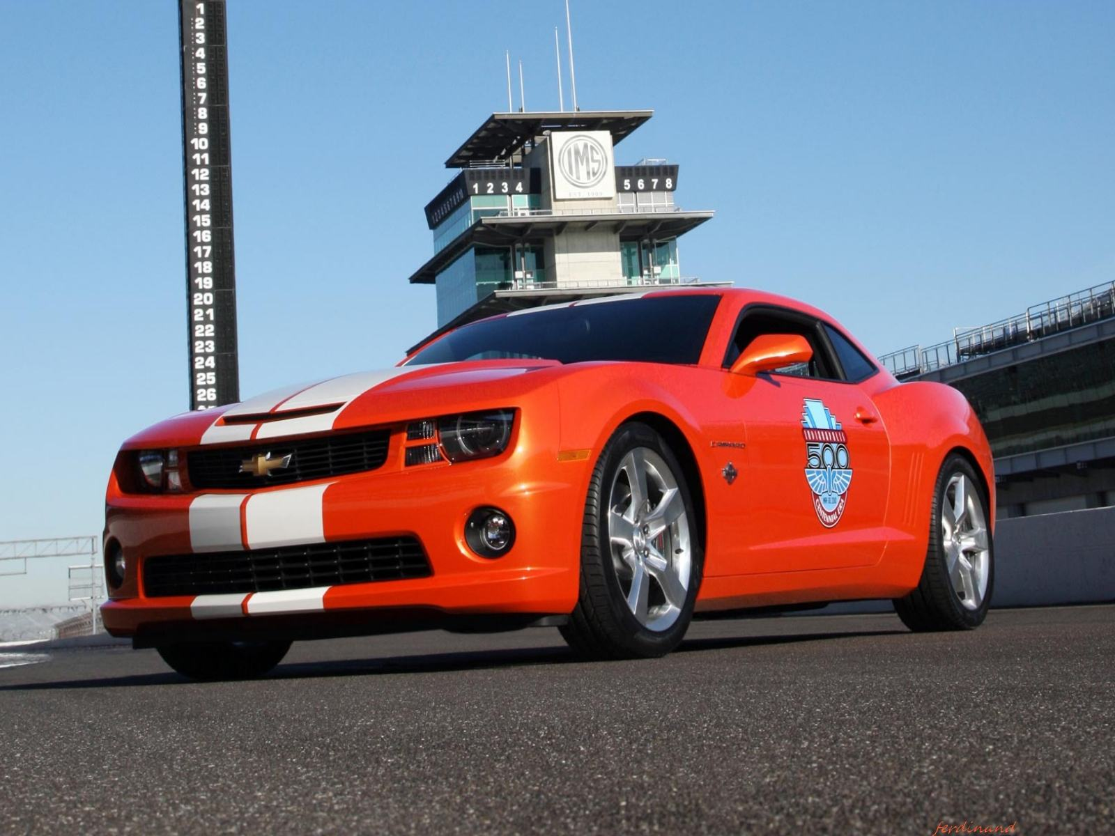 Обои Chevrolet Camaro SS 2010 Indy 500 Pace Car 1600x1200