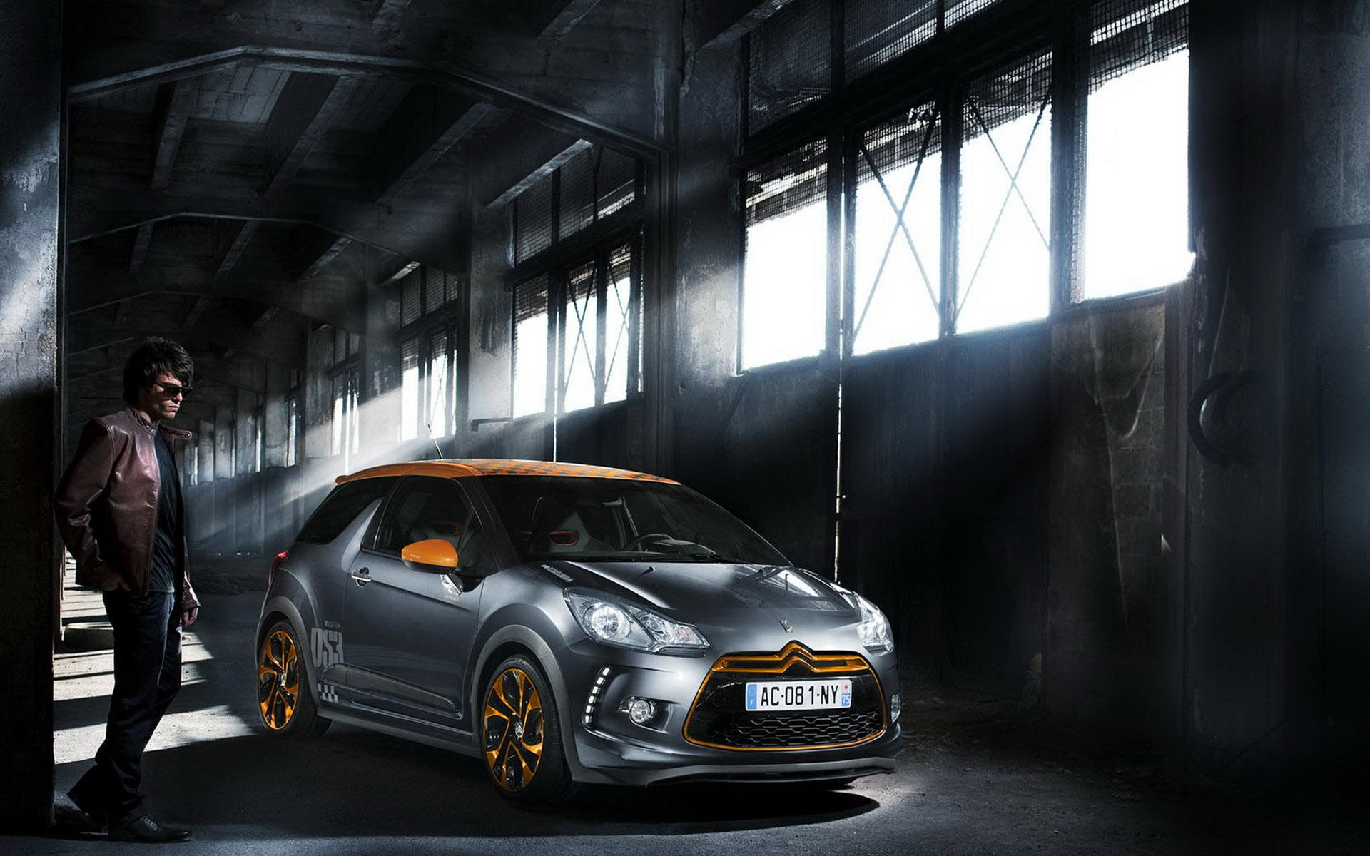 Обои Citroen DS3 Racing в ангаре 1920x1200