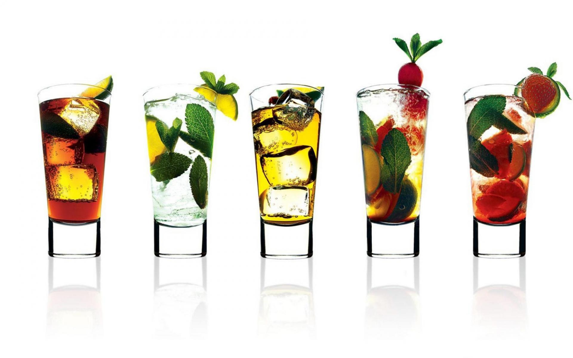 ���� Cocktail Glasses 1920x1200