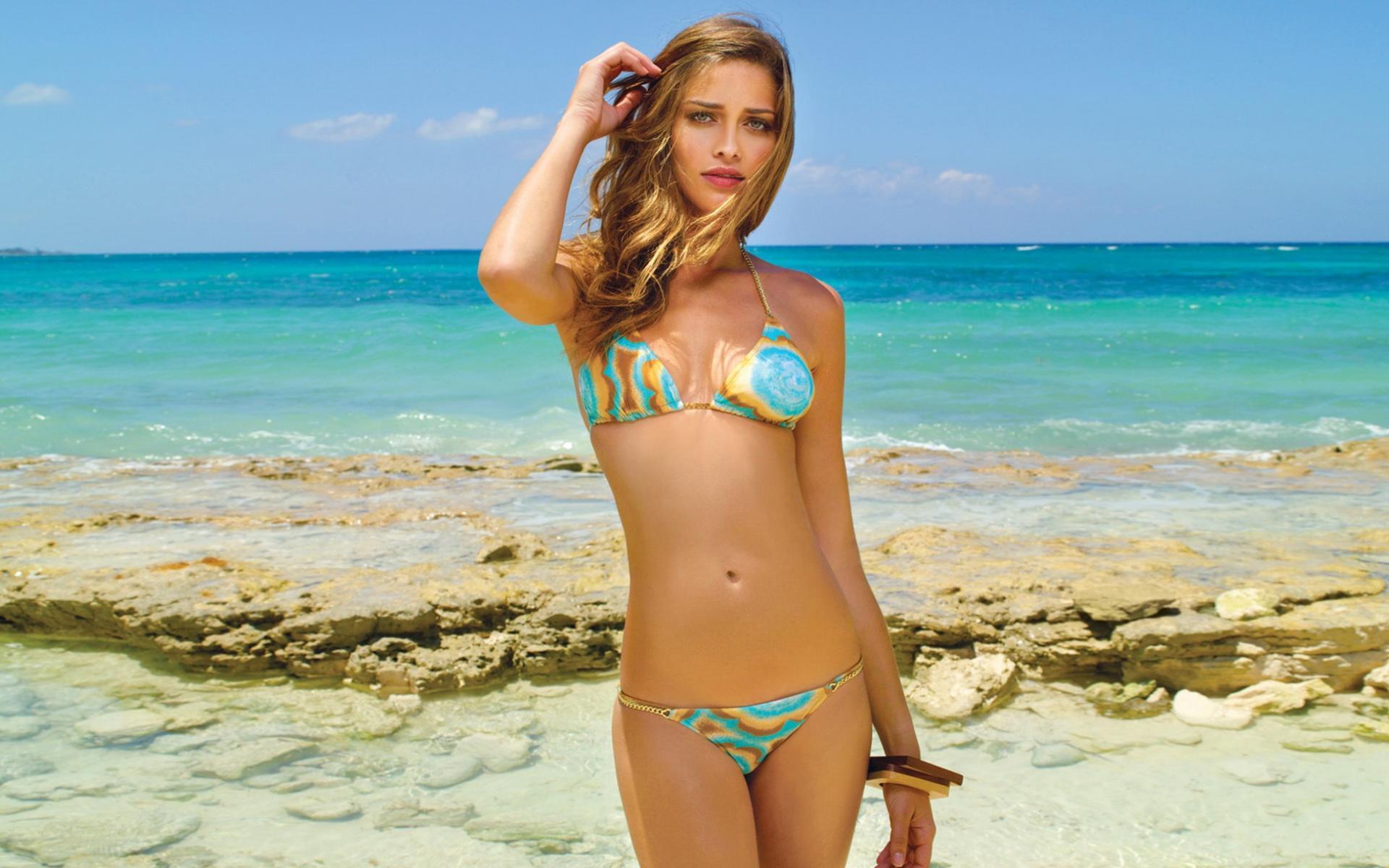 Фото русских девушек с пляжа 14 фотография