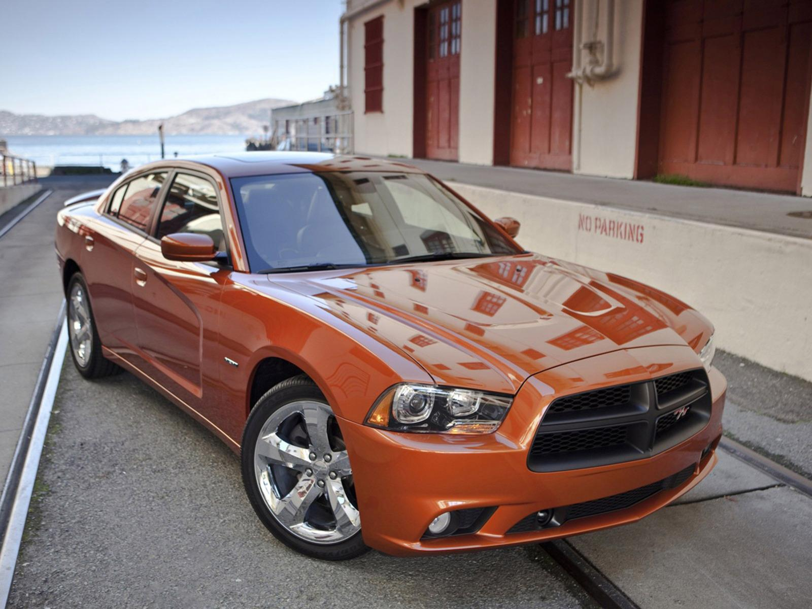 Обои Dodge Charger RT AWD 1600x1200