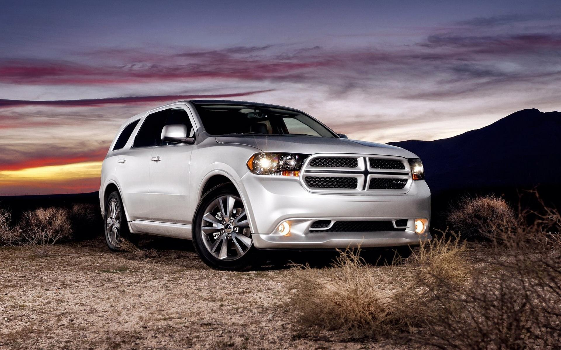 Обои Dodge-Durango RT 1920x1200