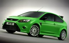 Ford Hatchback / 1600x1200