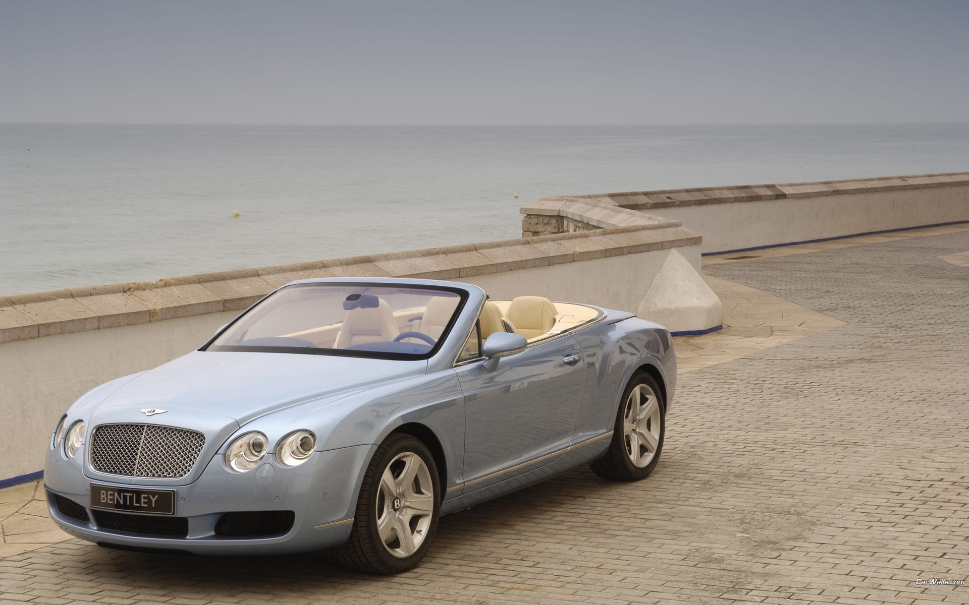 Обои Голубой Bentley Continental GTC 1920x1200