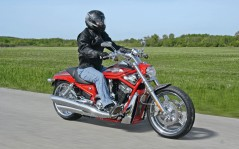 Harley-Davidson VRSCE2 Screamin Eagle V / 1920x1200