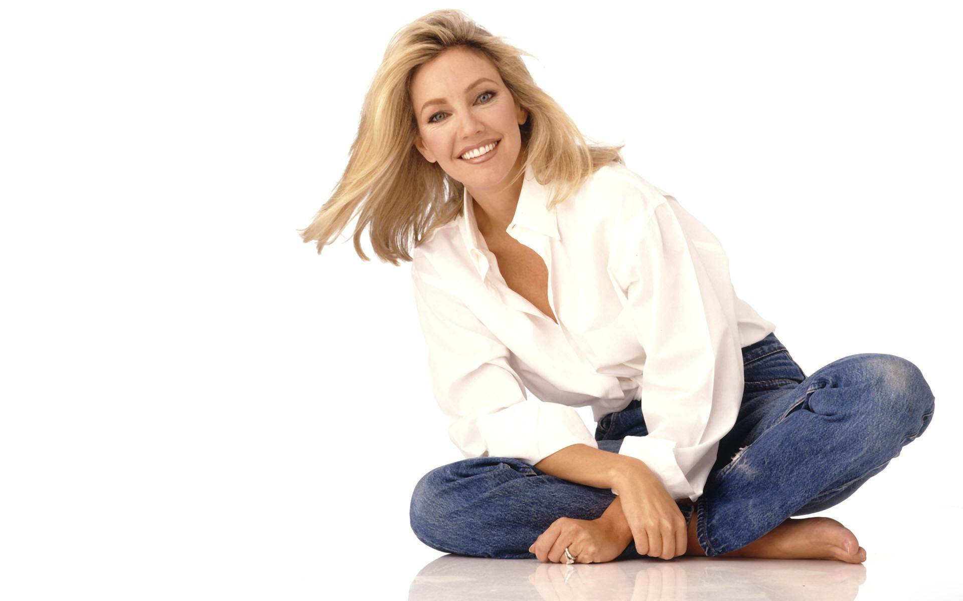 Обои Heather Locklear smile 1920x1200