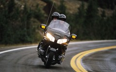 Honda Gold Wing / 1920x1200
