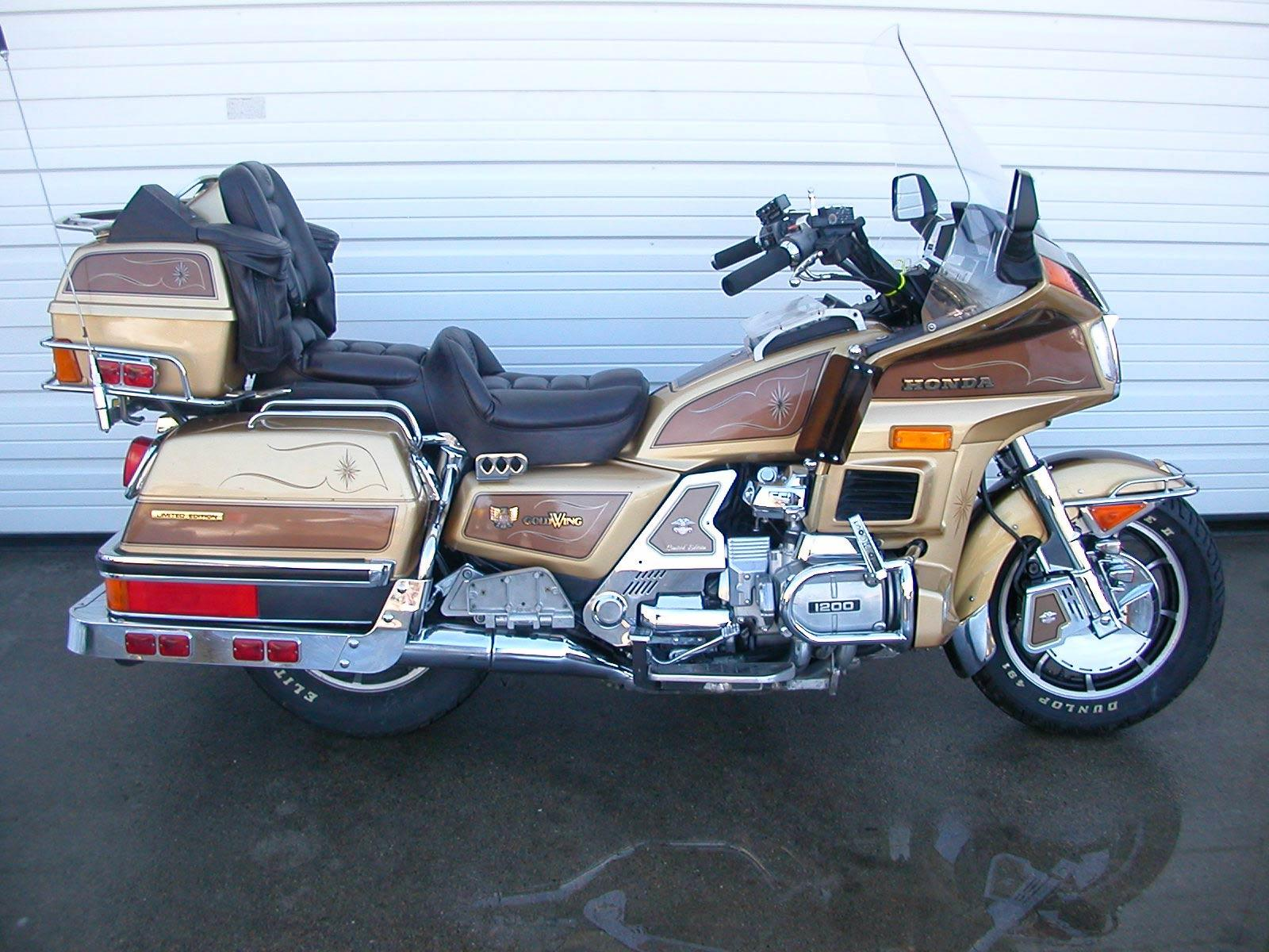 ���� Honda Goldwing GL1200 1600x1200