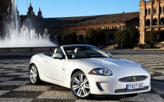 Jaguar XKR Convertible / 1920x1200