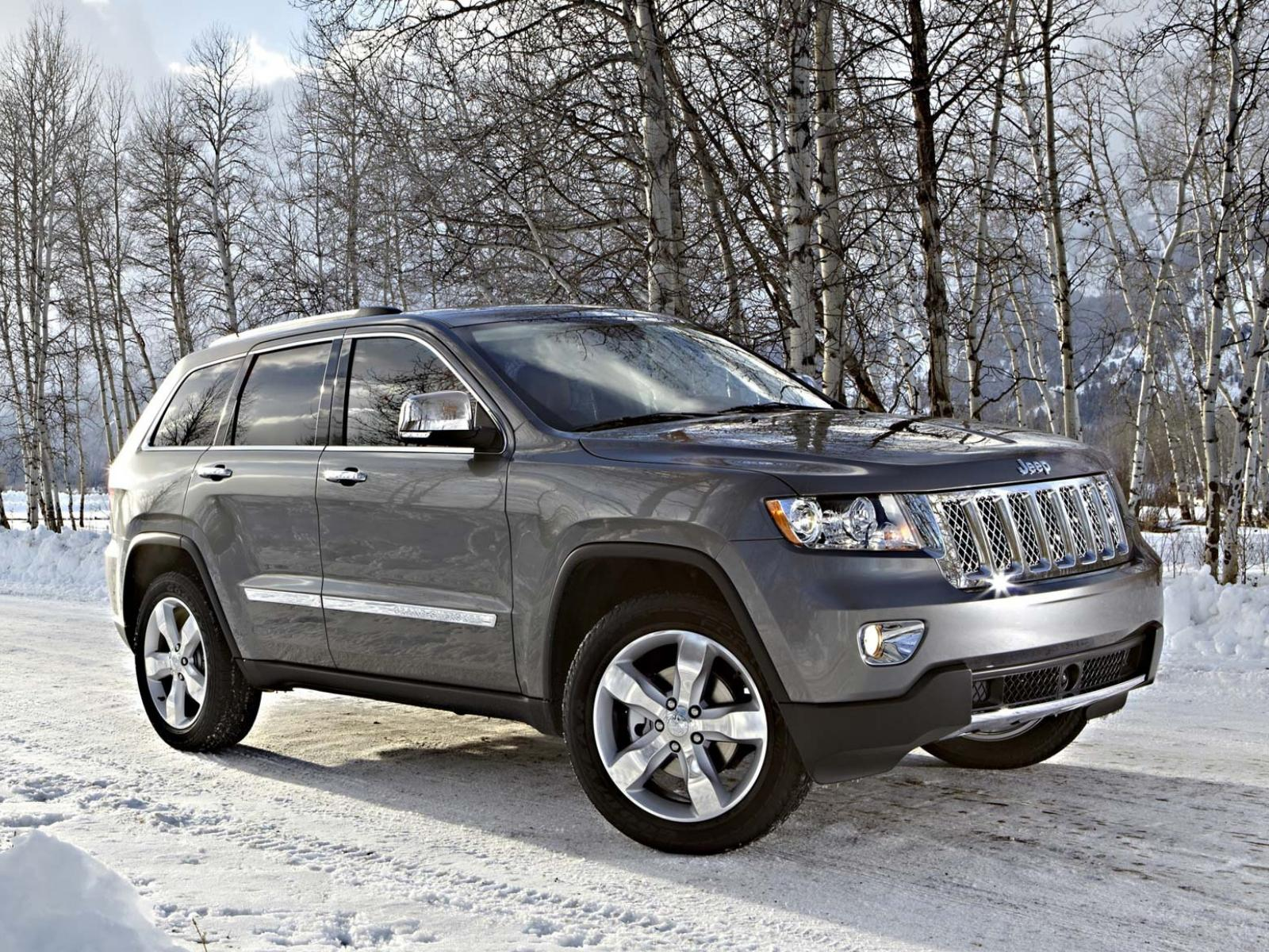 ���� Jeep-Grand-Cherokee-Overland-with-Pentastar-engine 1600x1200