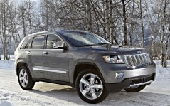 Jeep-Grand-Cherokee-Overland-with-Pentastar-engine / 1600x1200