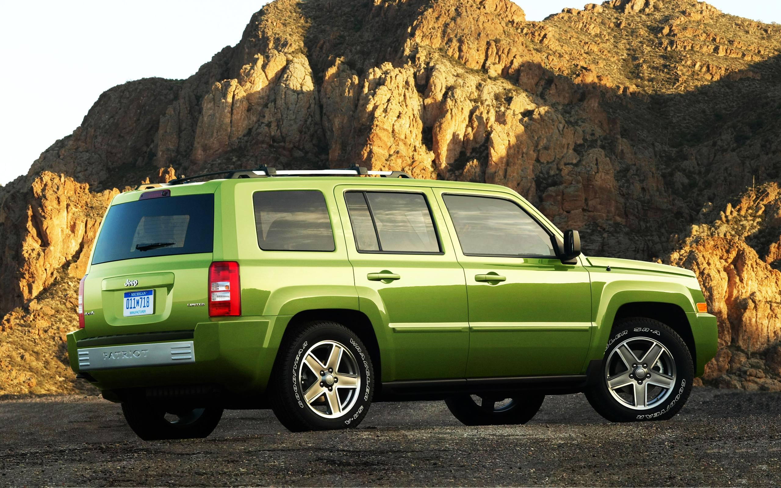 Обои Jeep Patriot Limited 2560x1600