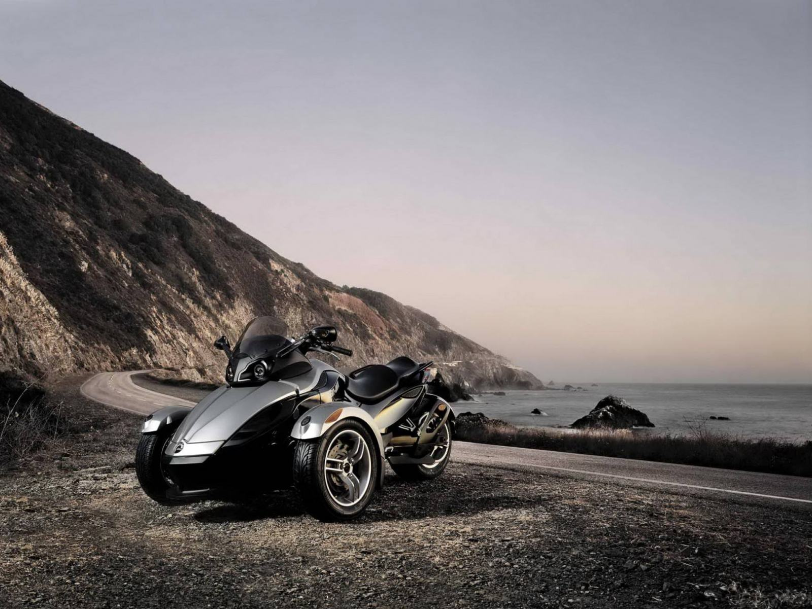 ���� ���������� Can-Am 1600x1200