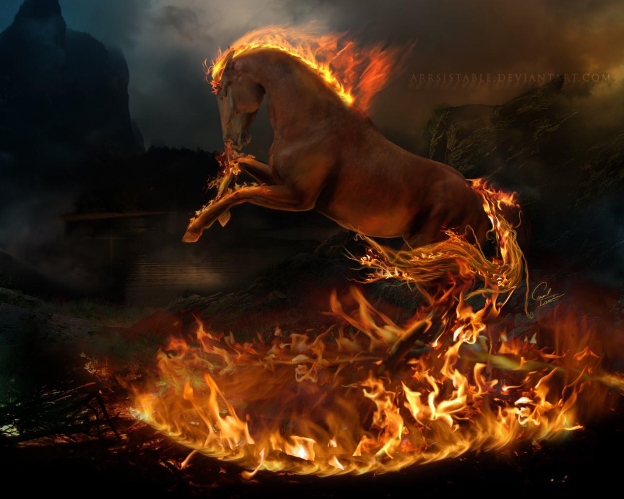Лошади красивые с огненным конем на