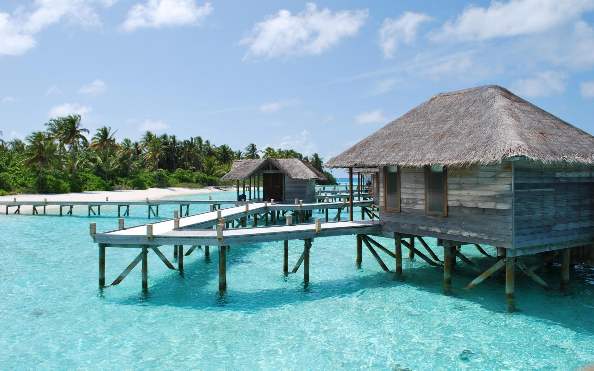Обои Maldives bungalow 1920x1200