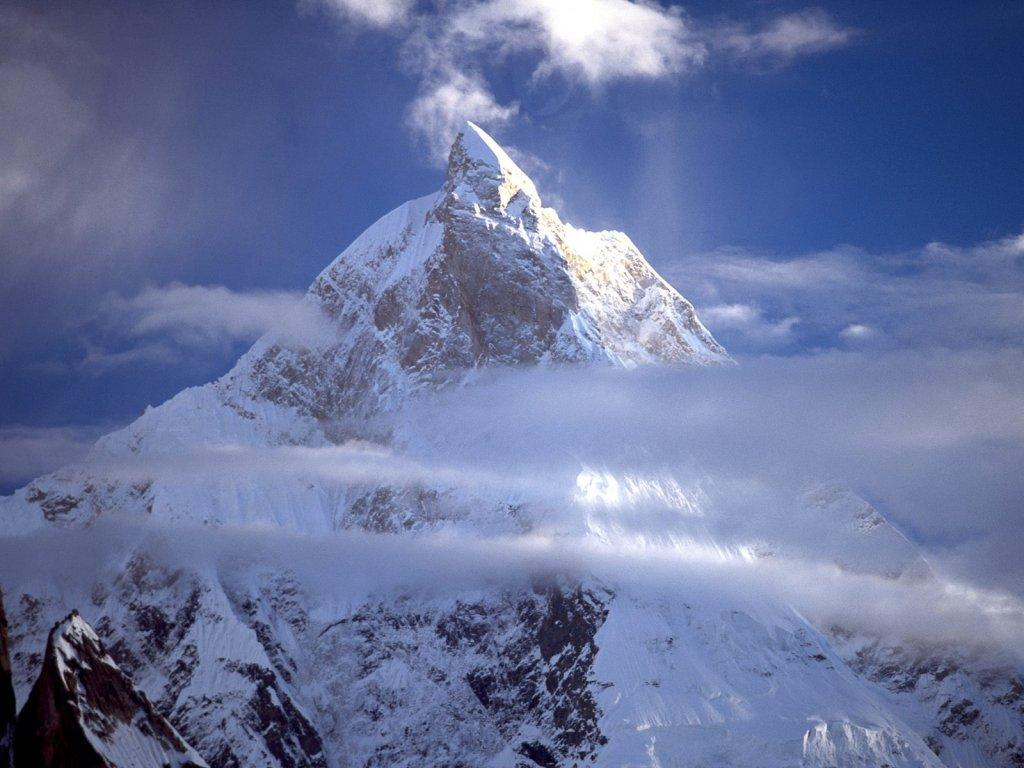 Обои Masherbrum 1024x768