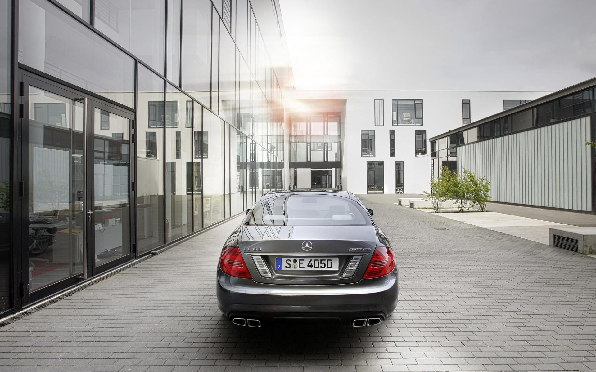 Обои Mercedes-Benz CL63 AMG 1920x1200