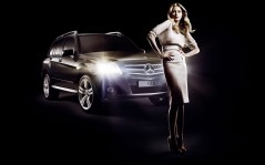 Mercedes-Benz Fashion / 1920x1200