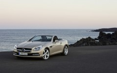 Mercedes-Benz-SLK-Roadster / 1920x1200