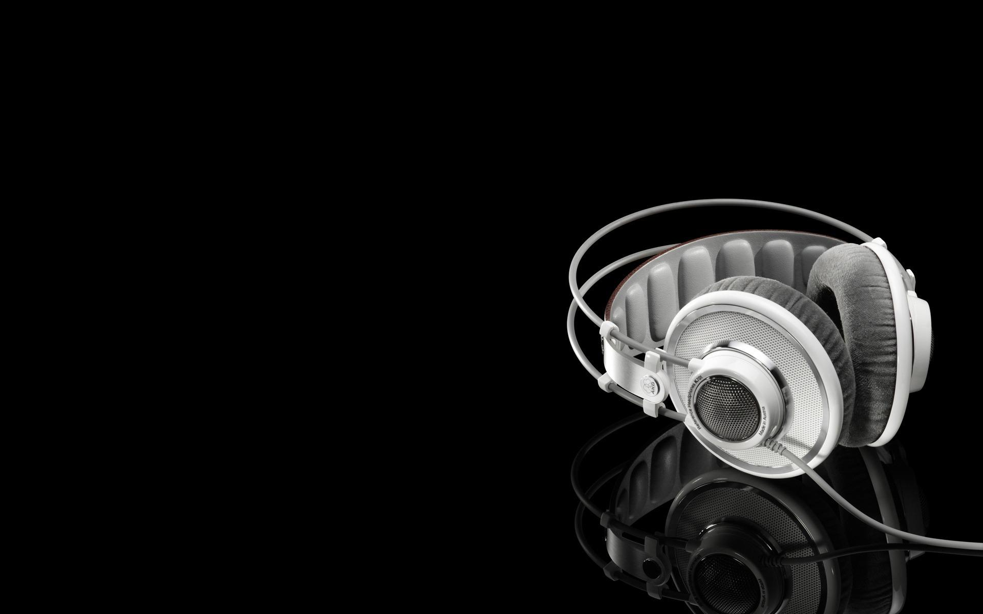 Обои Music.. Наушники AKG made in Austria 1920x1200