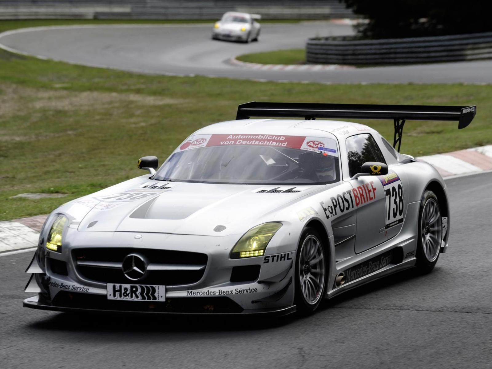 Обои New-Mercedes-Benz-SLS-AMG-GT3 1600x1200