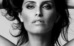 Певица Nelly Furtado / 1280x1024