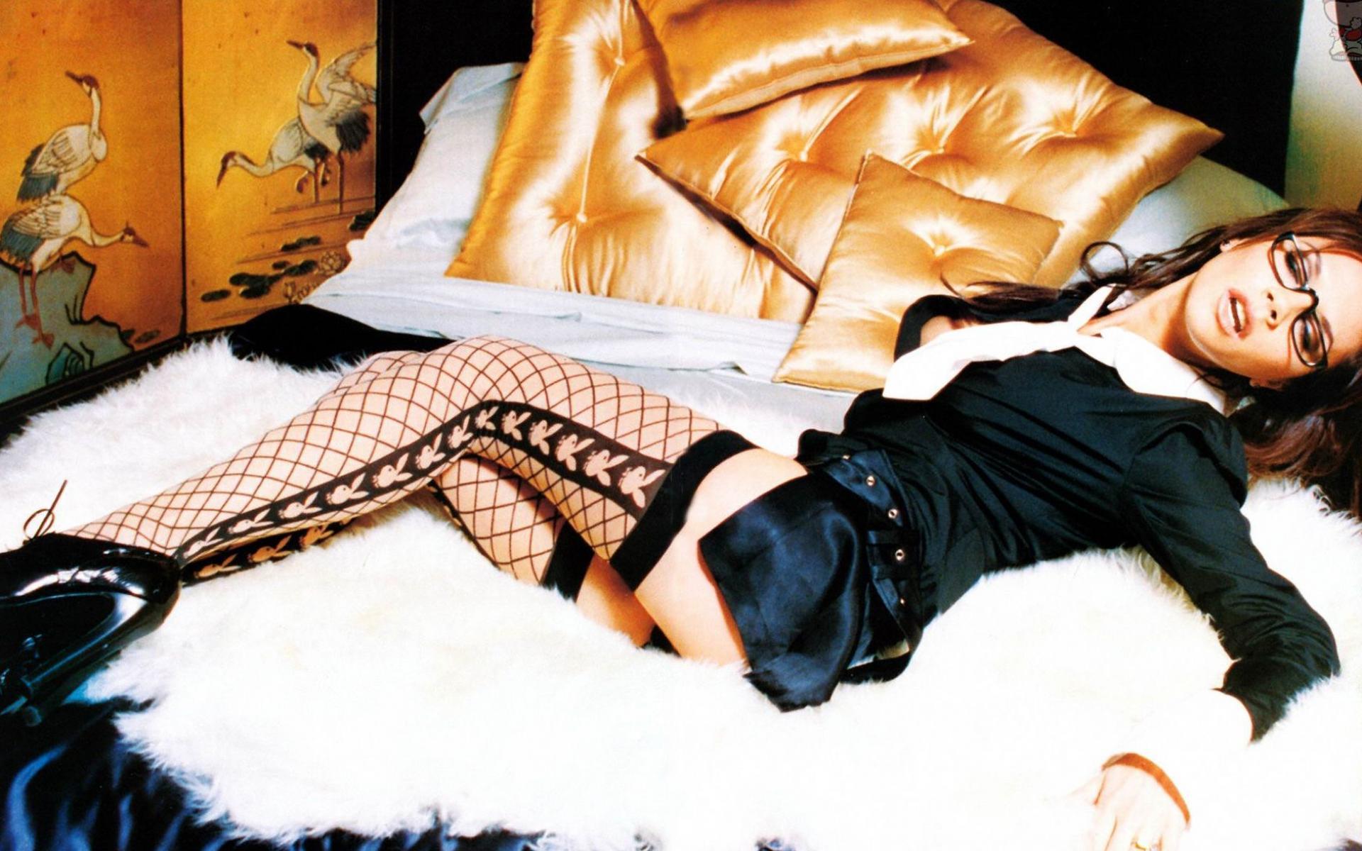 Секс с сонной девочкой 12 фотография