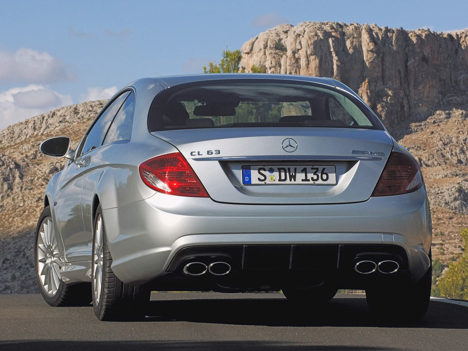 Обои Rear Angle Mercedes-Benz CL 63 1600x1200