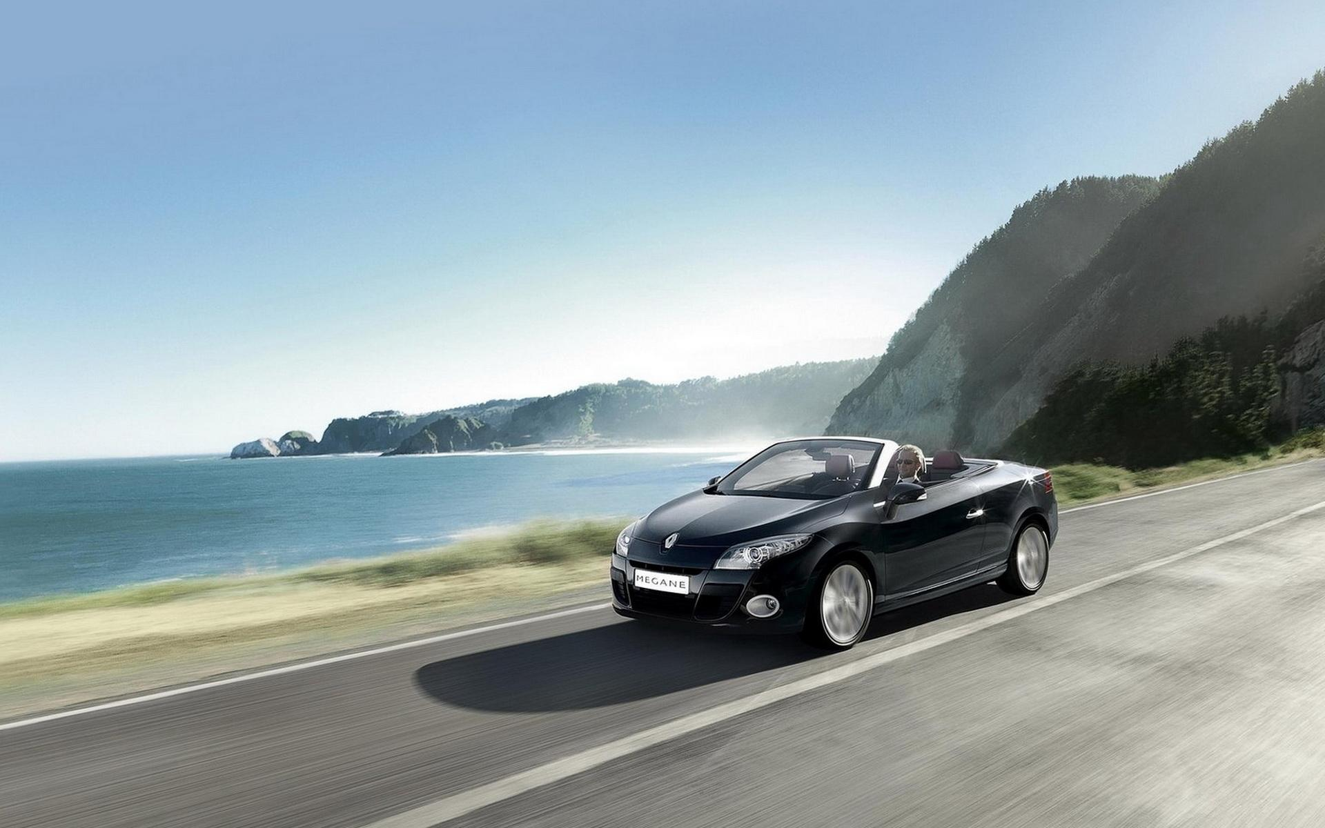 Обои Renault-Megane Coupe-Cabriolet 2011 1920x1200