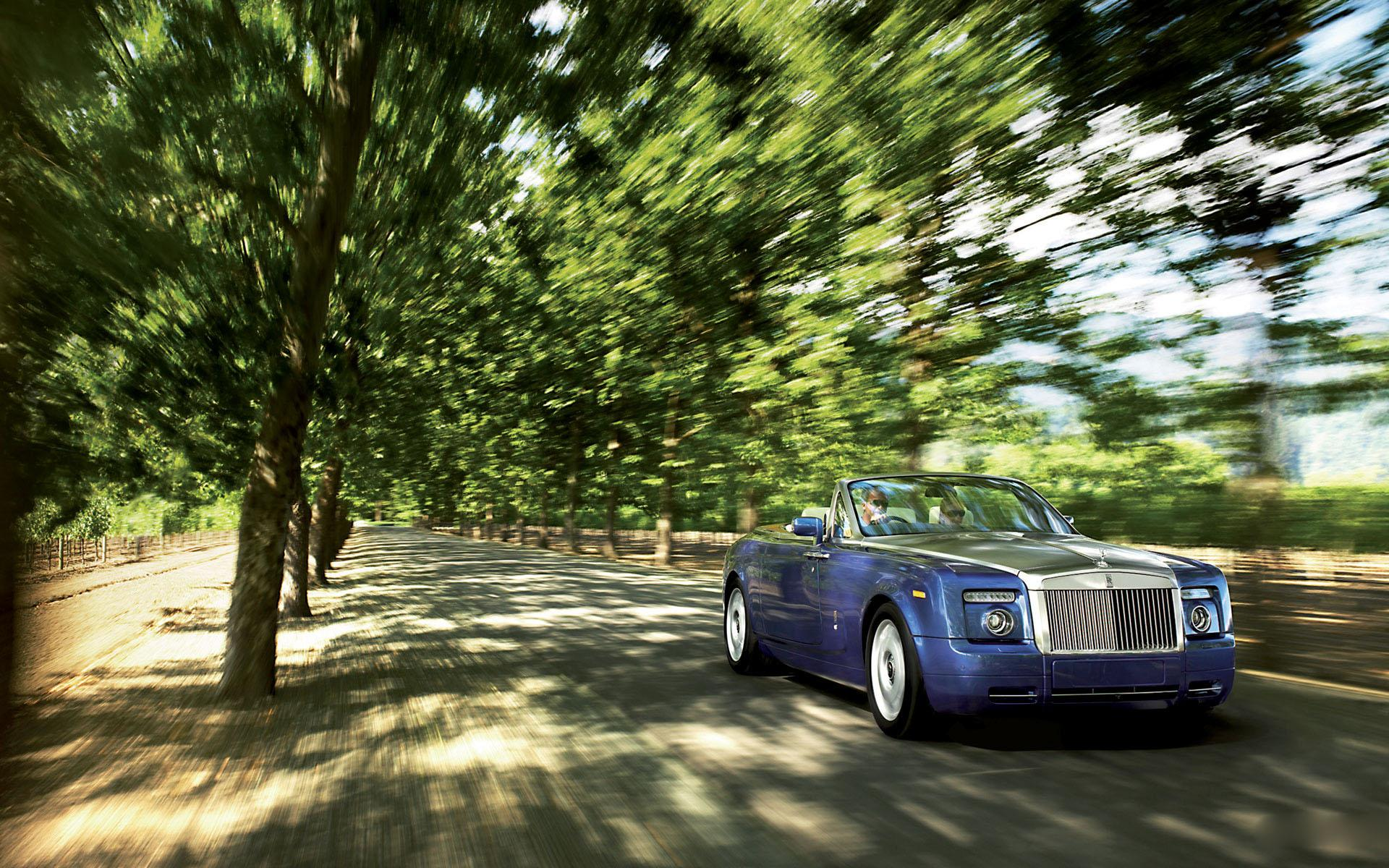 Обои Rolls-Royce Phantom Drophead Coupe 1920x1200