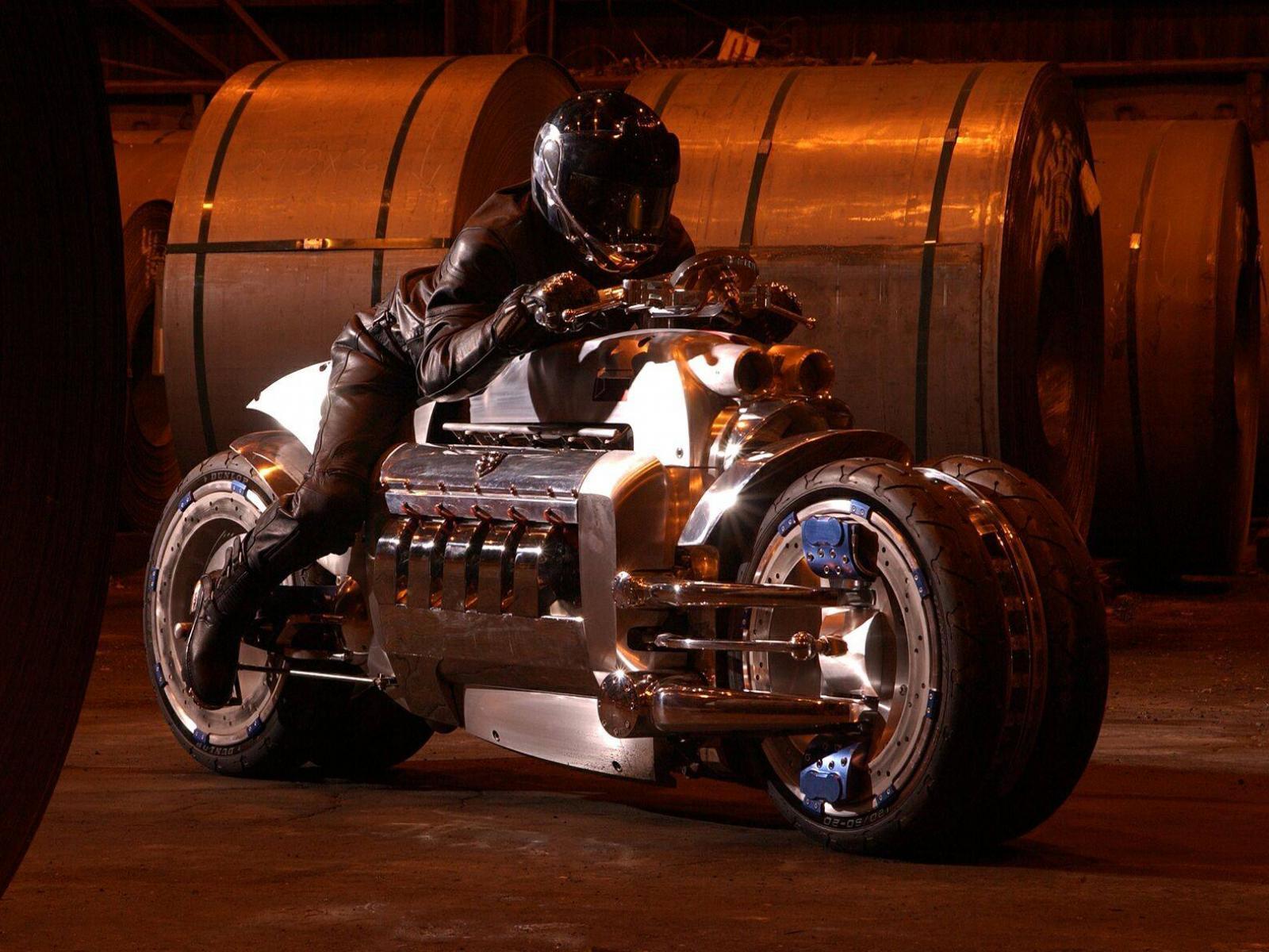 Обои самый быстрый мотоцикл 1600x1200