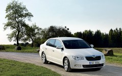 Skoda Superb Greenline / 1920x1200