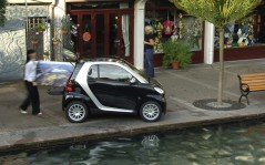 Smart fortwo / 1920x1200