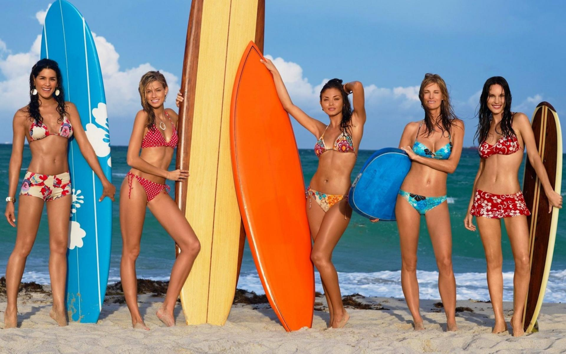 Обои Surfer Girls 1920x1200