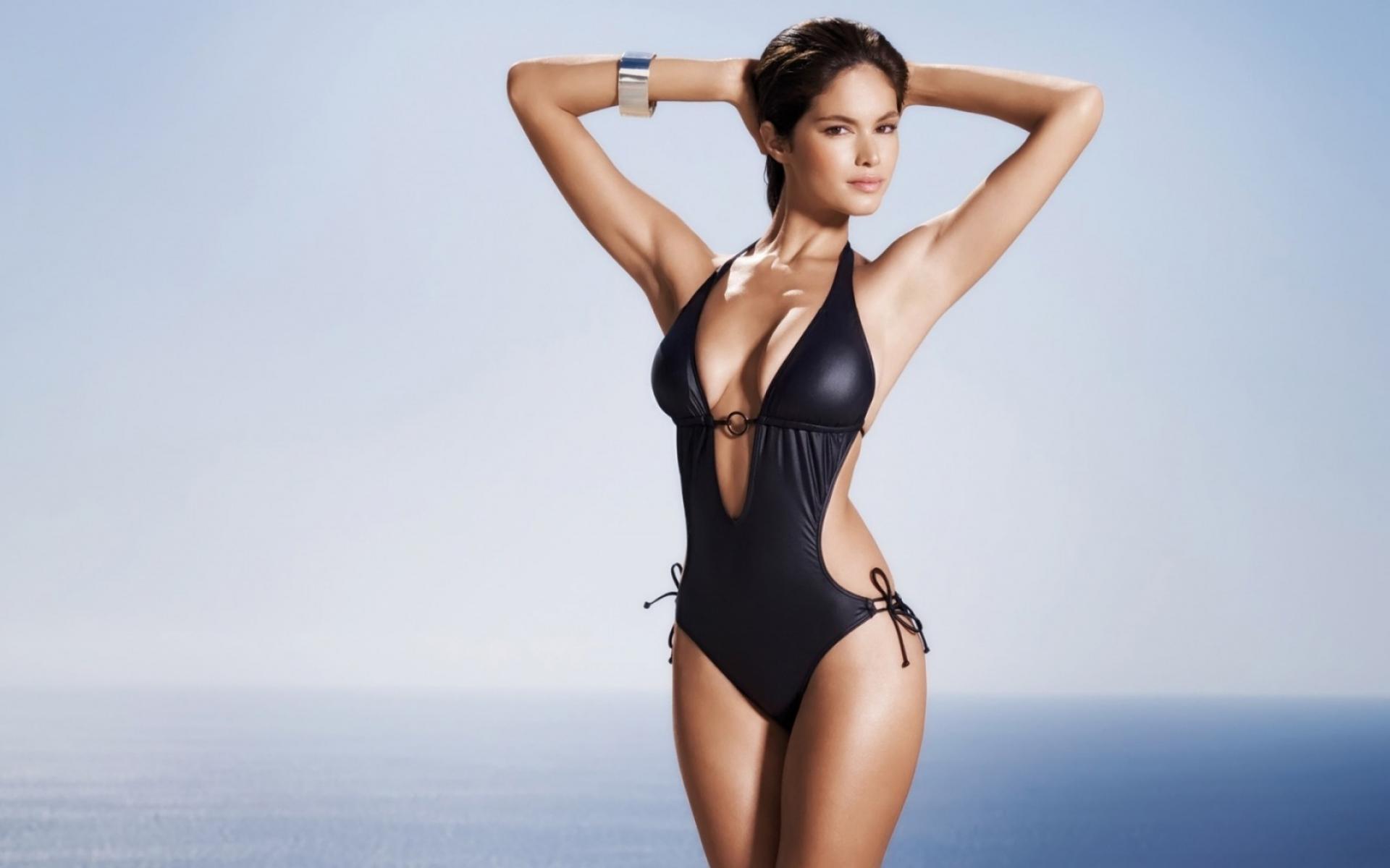 Самые красивые девушки мира без купальников 14 фотография