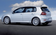 Volkswagen Golf / 1600x1200