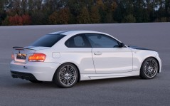 White BMW Concept 1 Series tii / 1600x1200
