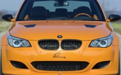 Yellow BMW / 1280x1024